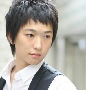 深圳美发学校适合小眼睛男生发型